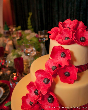 Wedding in Oz poppy cake