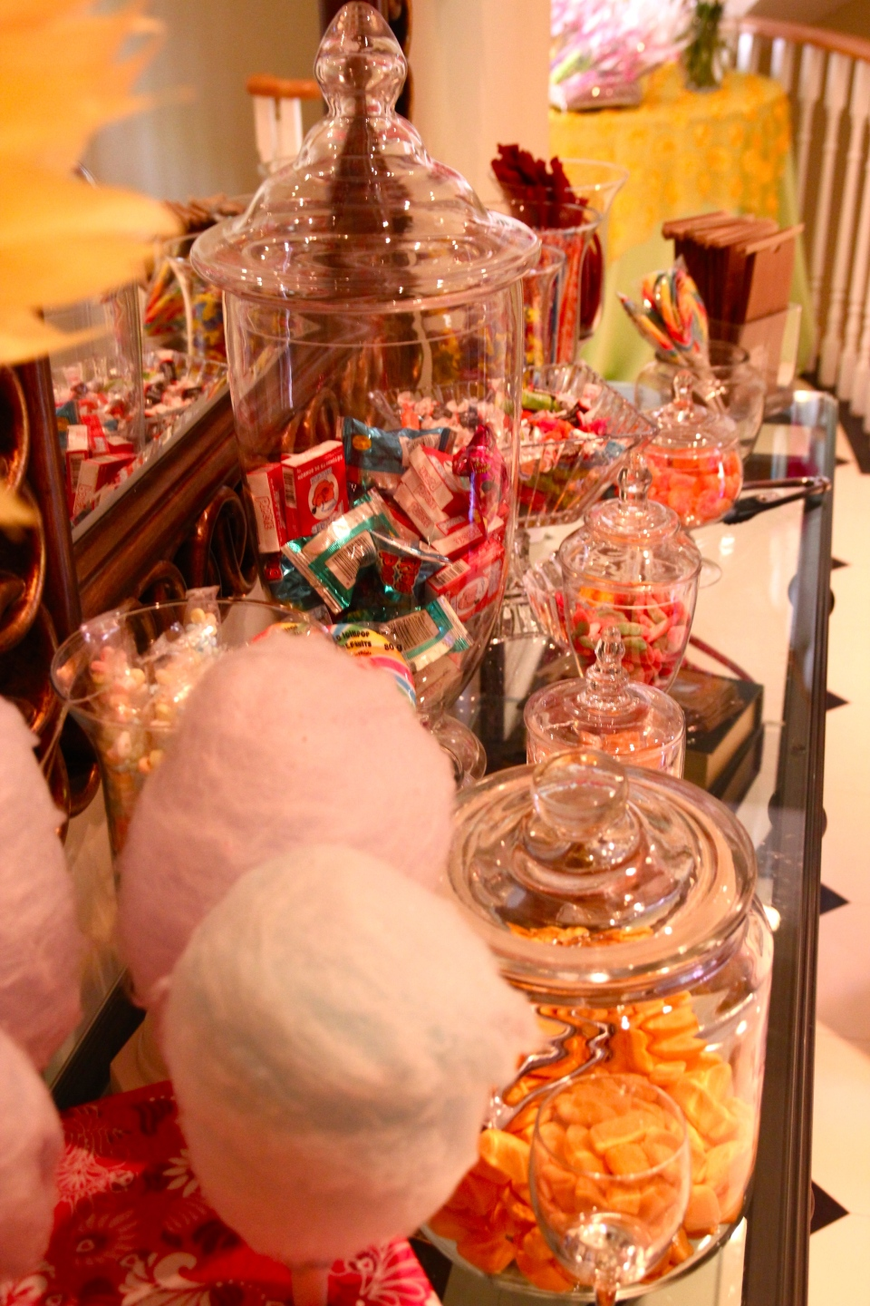 The candy bar even featured fresh made cotton candy