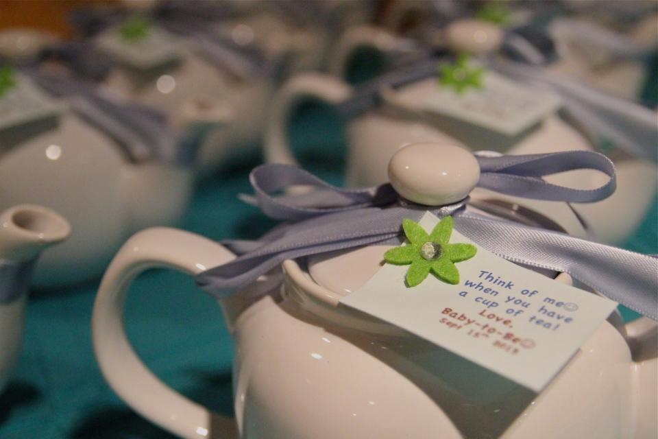 Teapot favours