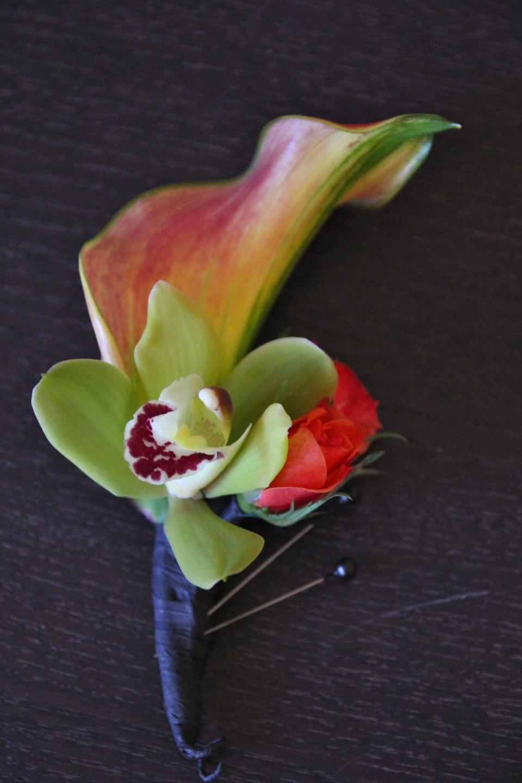 Groom's boutonniere: Calla Lily & Mini Cymbidium Orchid