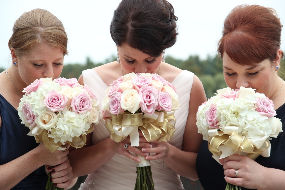 Beautiful ivory, pink and gold bouquets