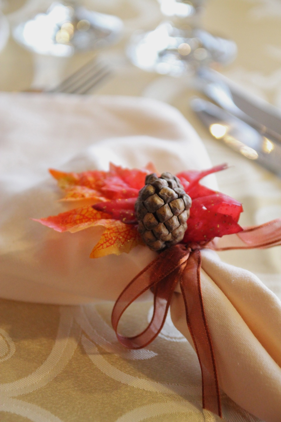 Autumn napkin rings were one of the details