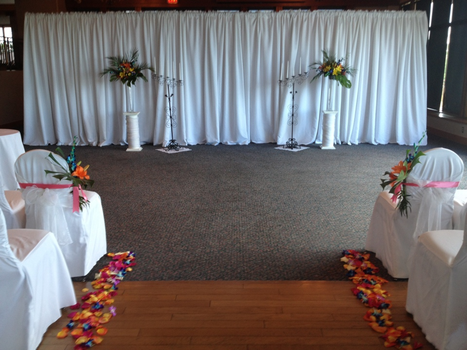 Tropical ceremony flowers