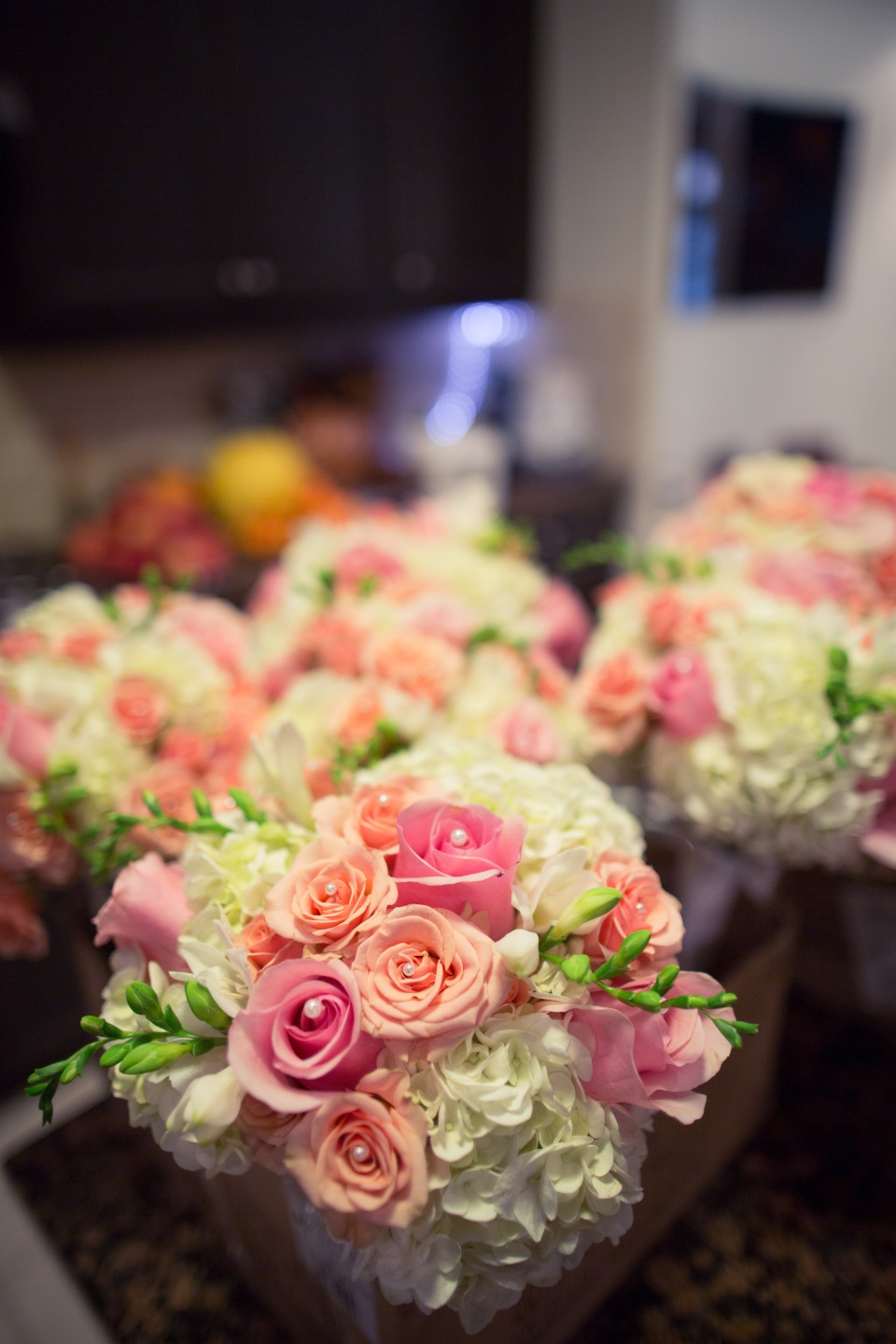 Pink, peach and ivory bouquets