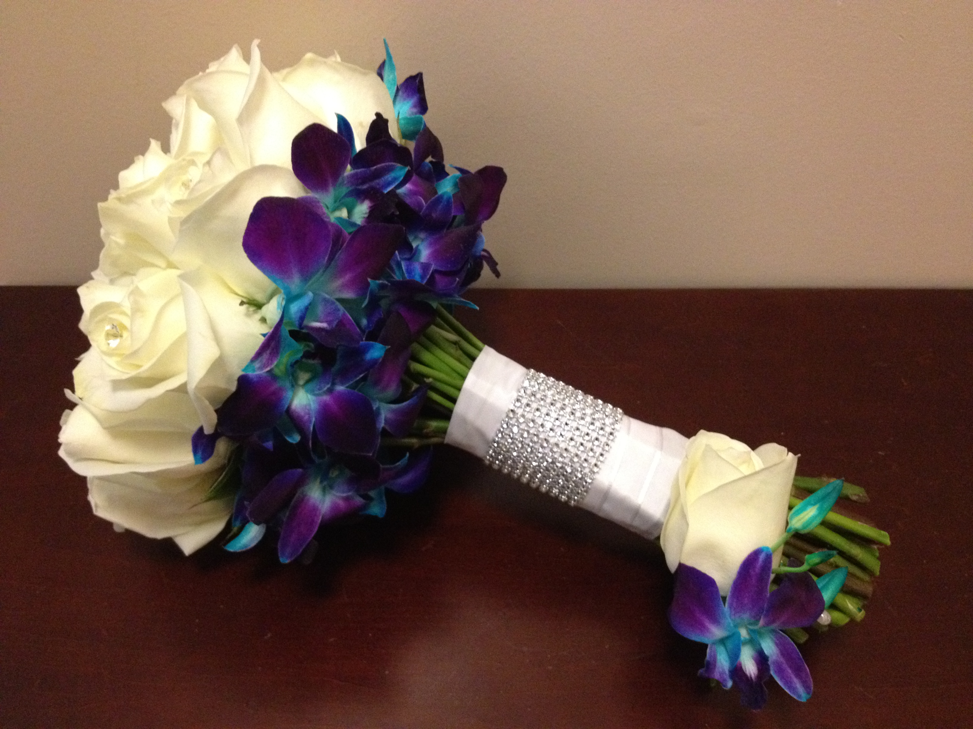 Wedding Bouquets Roses And Orchids : Rose and orchid bouquet