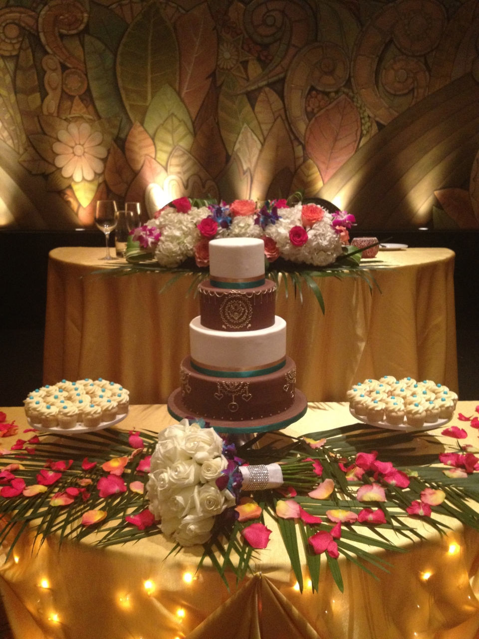 Sweet heart and cake table at Englinton Grand