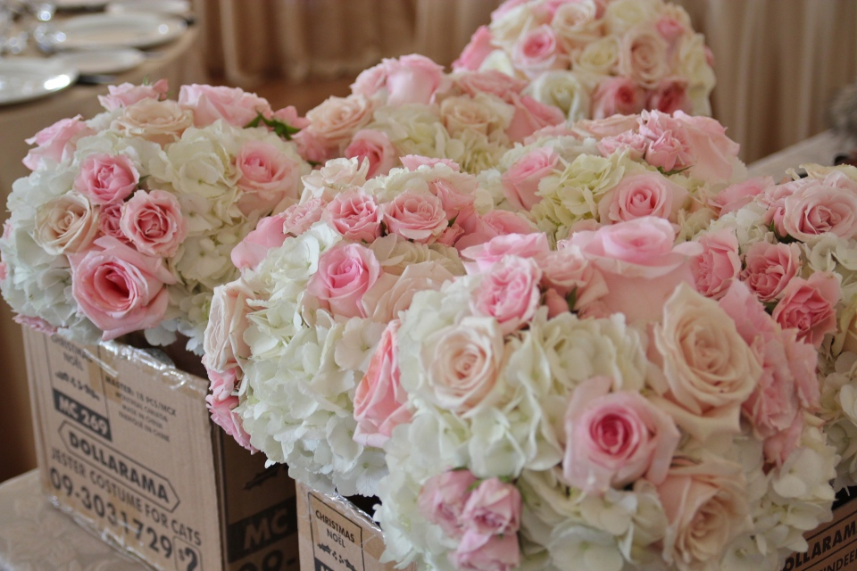 Blush and ivory Bouquets all boxed up!