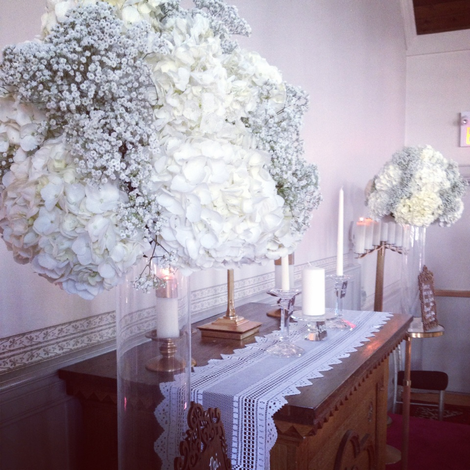 Altar pieces of hydrangea and baby's breath