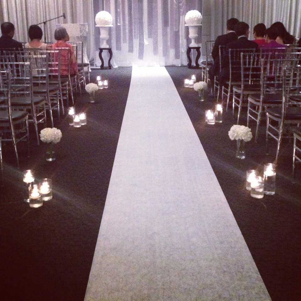 White Ceremony at Grand Luxe