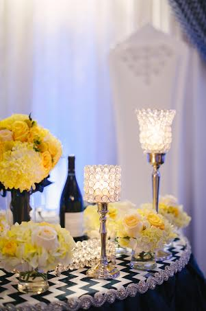 Yellow head table flowers