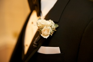 Spray Rose, Baby's Breath & Seeded Eucalyptus Boutonniere
