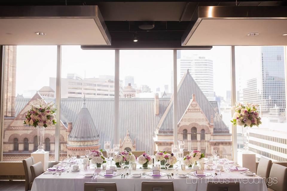 Head Table Flowers - Arcadian Loft, Toronto