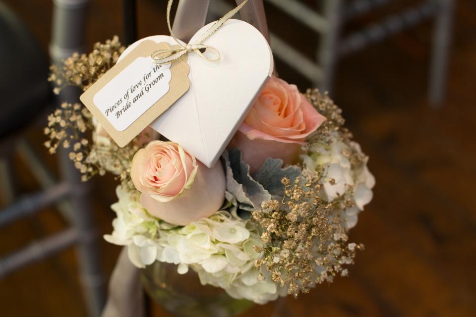 Aisle Marker Flowers - Confetti Detail